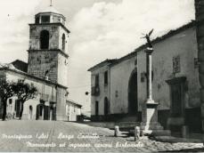 Largo Castello, monumento ed ingresso carceri borboniche