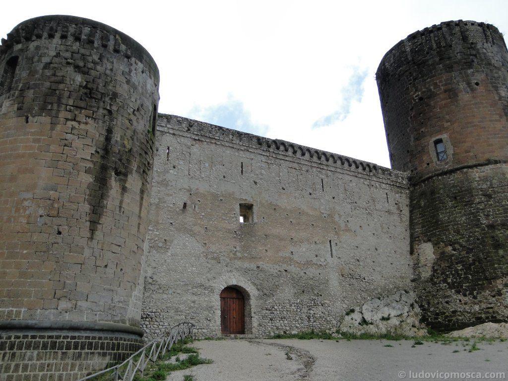 Castello di lettere casa pentangelo padri redentoristi for Disegni casa castello