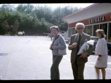 1973 sosta in autostrada in viaggio da Roma a Napoli