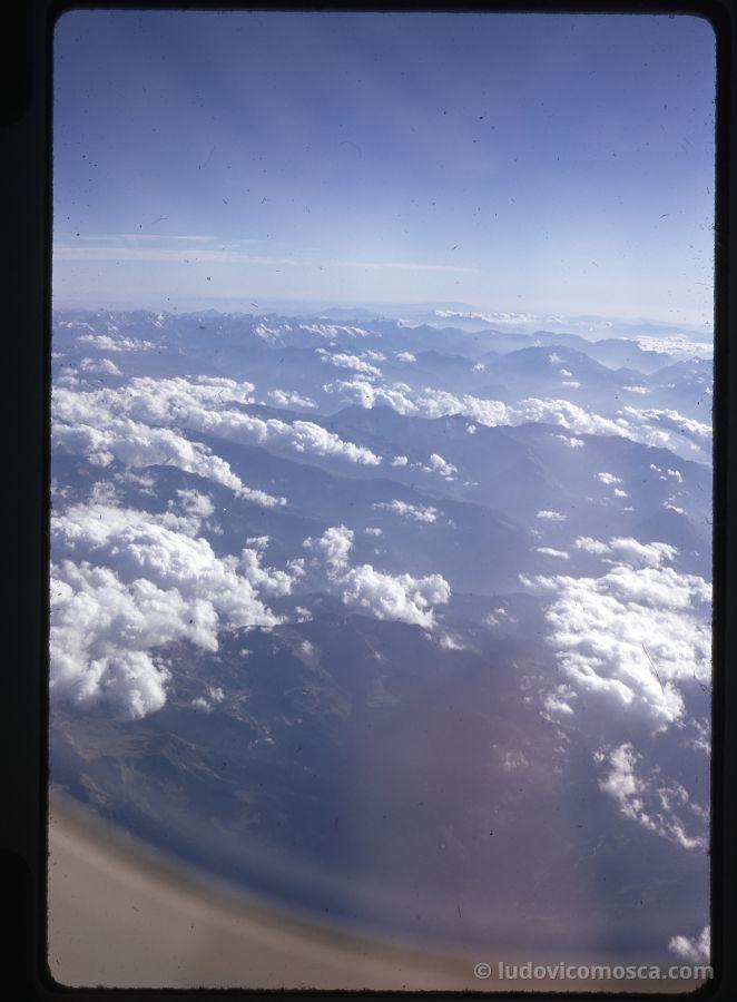 in volo sulle Alpi 05-09-1970