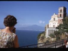 Vico Equense vista Vesuvio dal balcone dell'Hotel 13-09-1970