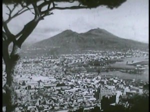 Naples is a battlefield 16mm - 1_h264.00_11_51_19.Immagine055