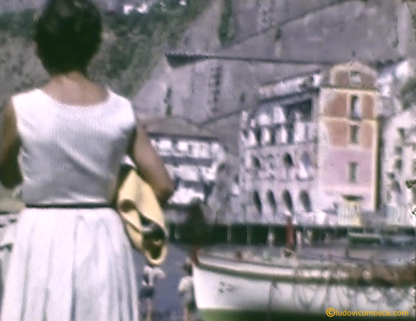 Piano di Sorrento veduta di Marina di Cassano anni 50